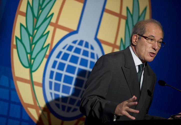 """Ahmet Uzumcu subrayó que el Nobel de la Paz 2013 """"es un reconocimiento para nuestro personal y para el apoyo que recibimos de los Estados parte"""". (Agencias)"""
