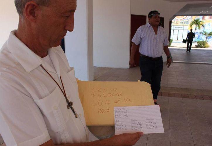 El censo del padre Pablo Pérez Guajardo registro que 160 niños no tienen cupo escolar. (Adrián Barreto/SIPSE)