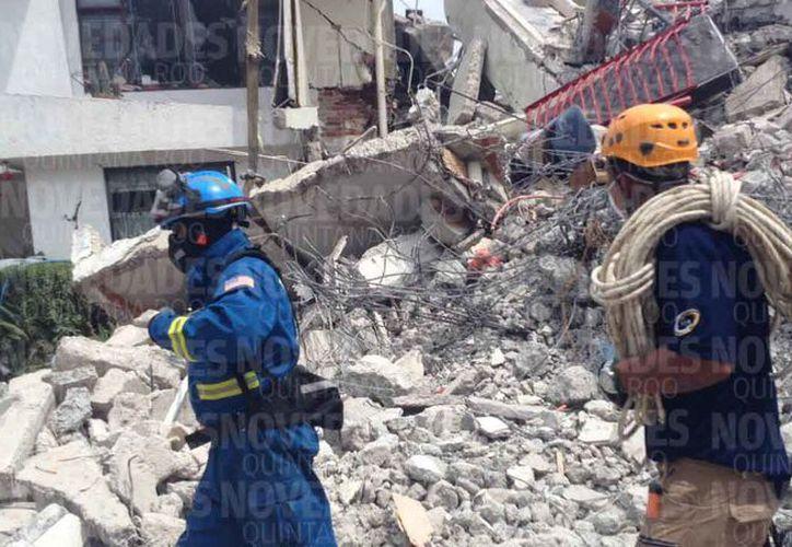 Las autoridades dieron a conocer un reporte de las personas rescatadas entre los escombros. (Redacción)