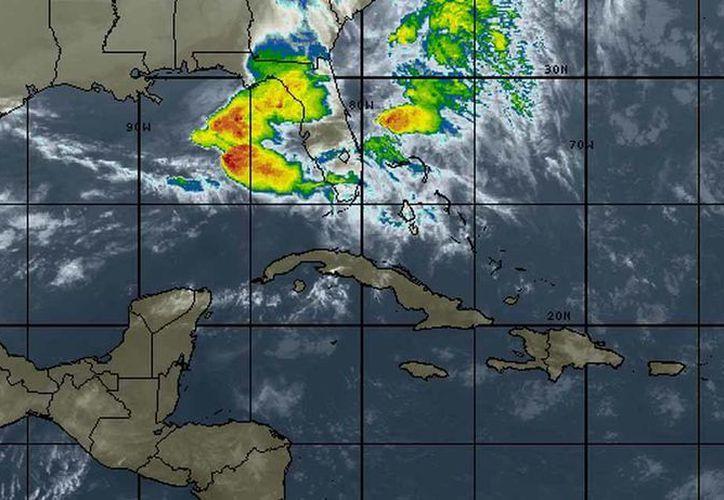 Las probabilidades de lluvia incrementan al anochecer. (Cortesía/SIPSE)