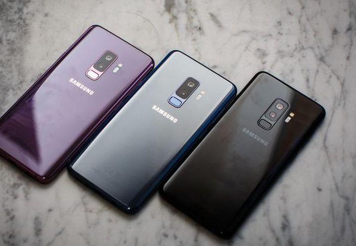 Samsung ofrecía 29 millones de dólares a la empresa de la manzana. (Internet)