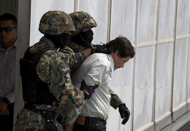 La PGR ofreció 150 millones de pesos por 'El Chapo' Guzmán (foto), 'El Mayo' Zambada, 'Nacho' Coronel (abatido); Juan José Esparragoza Moreno, El Azul, y Sandra Beltrán Ávila, La reina del Pacífico. (Foto: AP)