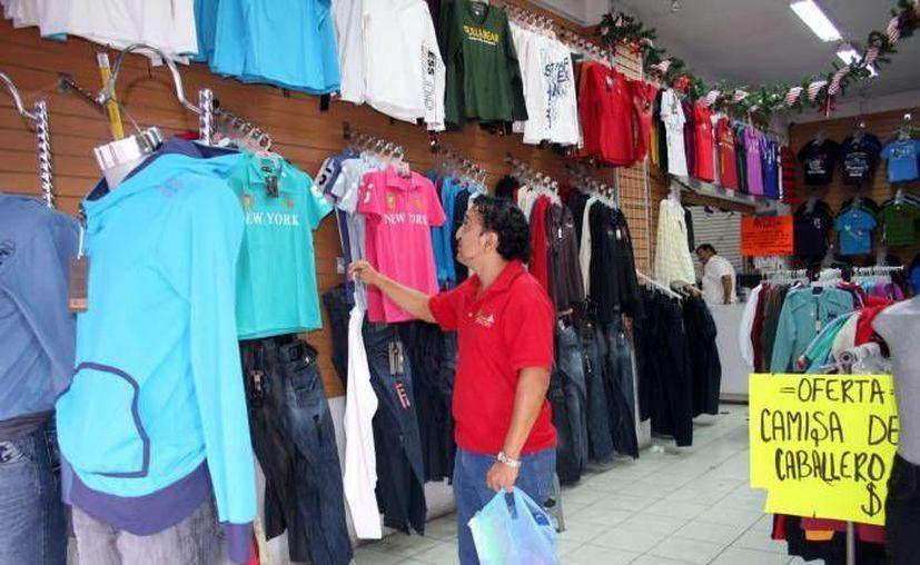 Alrededor de 60 por ciento del mercado textil en México se encuentra en plena ilegalidad. (Archivo/SIPSE)