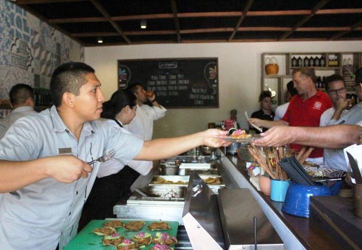 El promedio salarial en la Riviera Maya alcanza los siete mil 500 pesos (Archivo/ SIPSE)