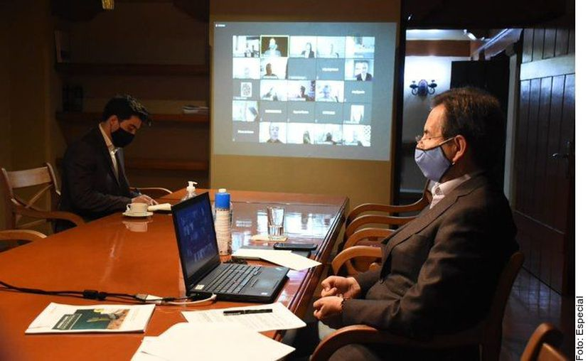 El Secretario de Educación durante la reunión virtual. (Agencia Reforma)