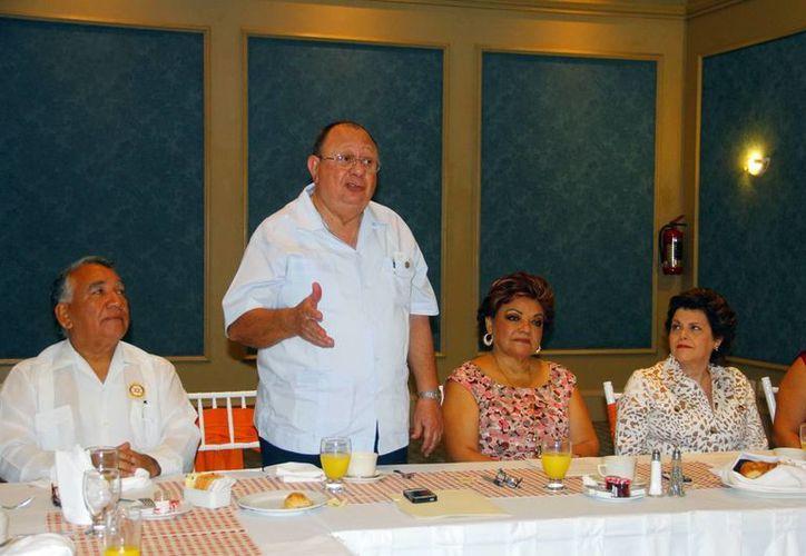 El anunció del reconocimiento se realizó durante una rueda de prensa. (Juan Albornoz/SIPSE)