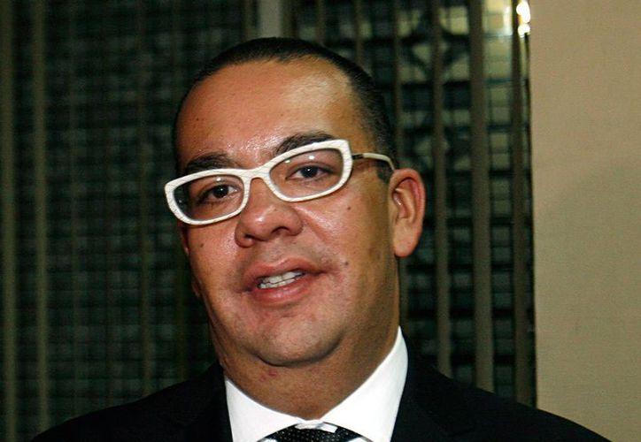 Usuarios de Twitter piden la salida de Nicolás Alvarado del canal de televisión de la UNAM. (Agencias)