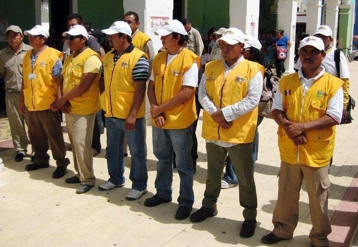 Las autoridades dieron ayer el banderazo para el combate al dengue en la frontera con Campeche. (Milenio Novedades)