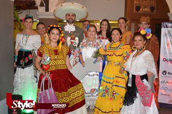 Club Rotario Cancún Bicentenario realiza desayuno a beneficio