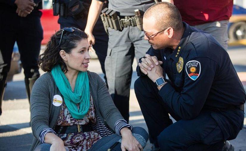Un joven 'dreamer' fue detenido en California, días después de que otro beneficiario del DACA fuera arrestado en el estado de Washington. (AP/Josh Bachman)