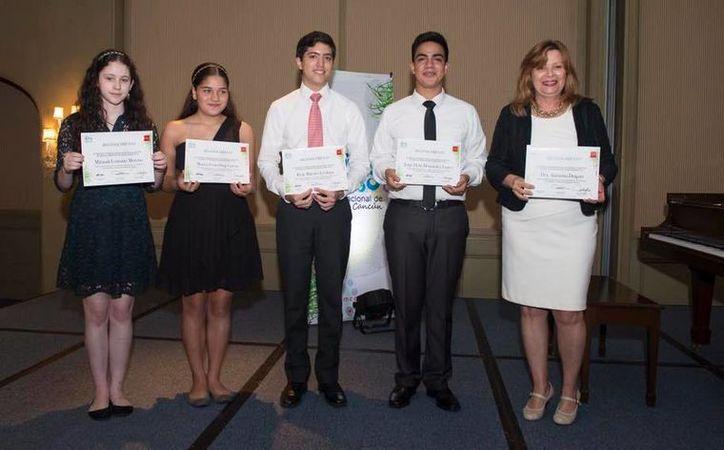 Cuatro jóvenes mostraron su destreza al piano durante el Festival Internacional de Música de Cancún. (Alejandra Flores/SIPSE)