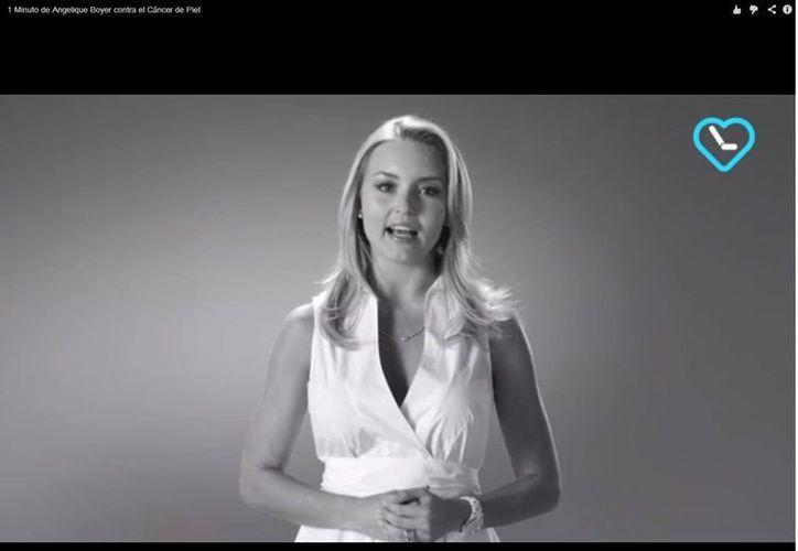 Breve video en el que Angelique Boyer habla acerca del cáncer de piel. (YouTube)