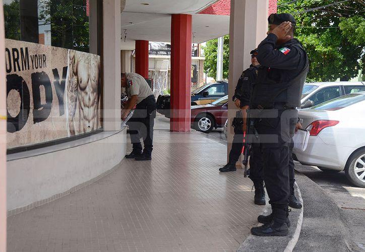 La semana pasada cuatro ladrones llegaron a una financiera ubicada sobre Avenida Canek para llevarse 50 mil pesos y golpear brutalmente al encargado. (SIPSE)