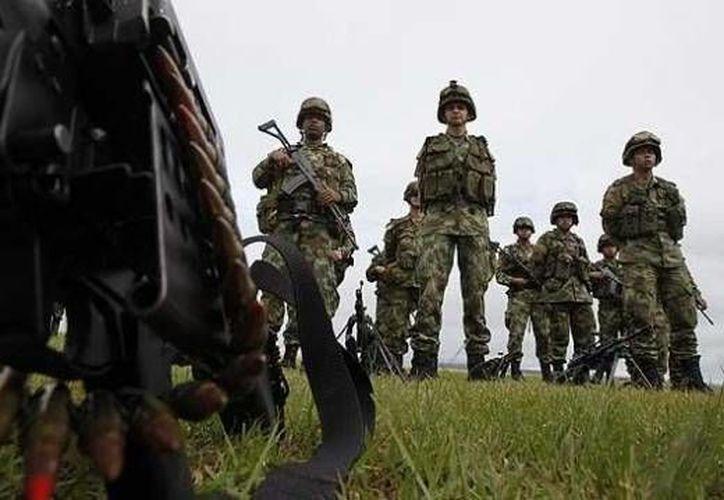Colombia pide a las FARC 'verdaderos gestos de paz' ante los recientes ataques al sistema energético. (Archivo/SIPSE)