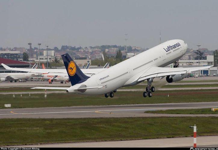 La tripulación y pasajeros no se dieron cuenta del daño hasta que llegaron a su destino. (Foto: Clément Allonig)