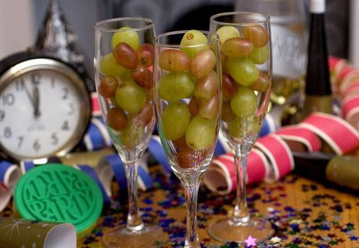Se dice que la tradición de las doce uvas surgió en 1909 tras una gran cosecha. (Archivo/SIPSE)