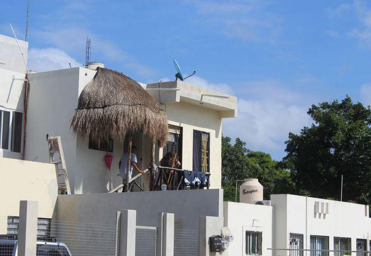 Los turistas optan por las rentas económicas de viviendas. (Sara Cauich/SIPSE)