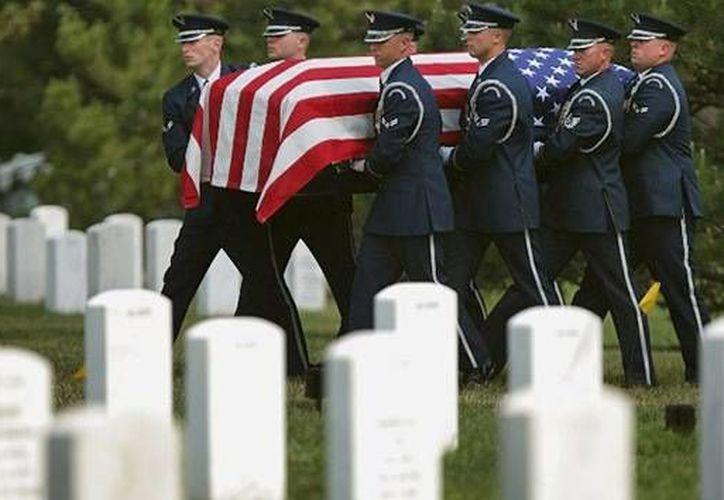 Todas las ceremonias fueron simbólicas para honrar a los soldados que dieron la vida por su patria. (Agencias)