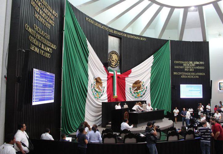 El congreso reinició actividades tras el puente de Semana Santa, con 14 de los 18 diputados. (Joel Zamora/SIPSE)