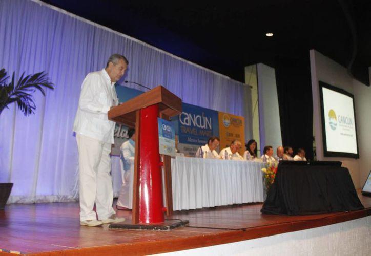 Inicio de las actividades del Cancún Travel Mart México Summit 2014. (Israel leal/SIPSE)