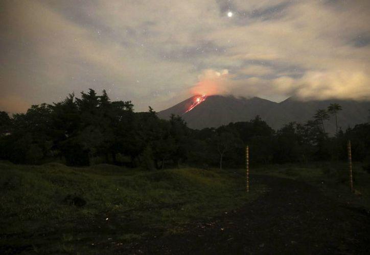Los volcanes de Fuego, Santiaguito y el Pacaya son los tres más activos de los 32 que existen en Guatemala. (EFE)