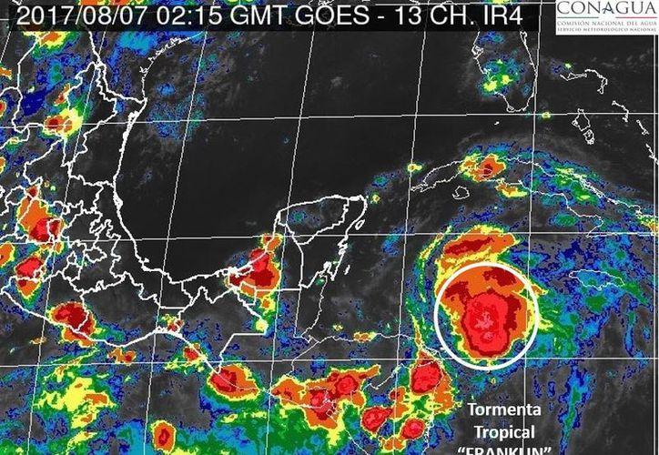 El gobierno federal ha emitido Alerta Verde por efectos del tormenta tropical. (Conagua)