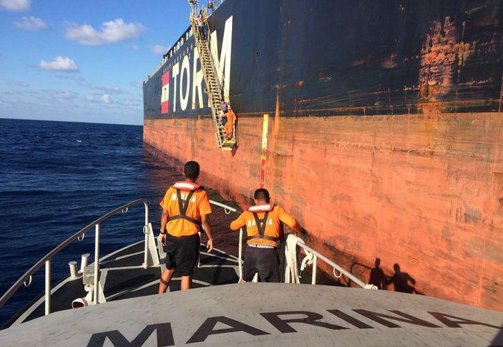 Solicitaron el apoyo para el traslado de un tripulante de 45 años de edad. (Redacción)