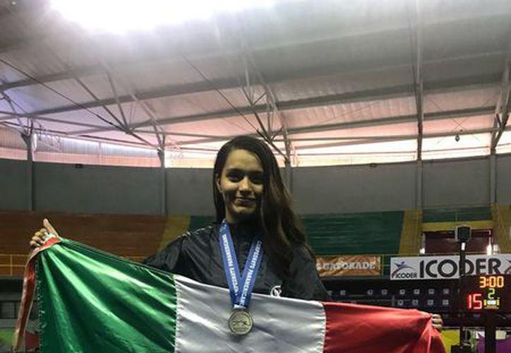 Abigaíl Valdez representó con orgullo a México. (Milenio Novedades)