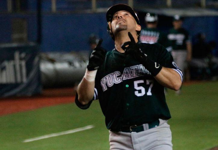 La ofensiva de Leones de Yucatán no pudo con el buen pitcheo de Saraperos, y  las fieras cayeron 5-3. (Cortesía)