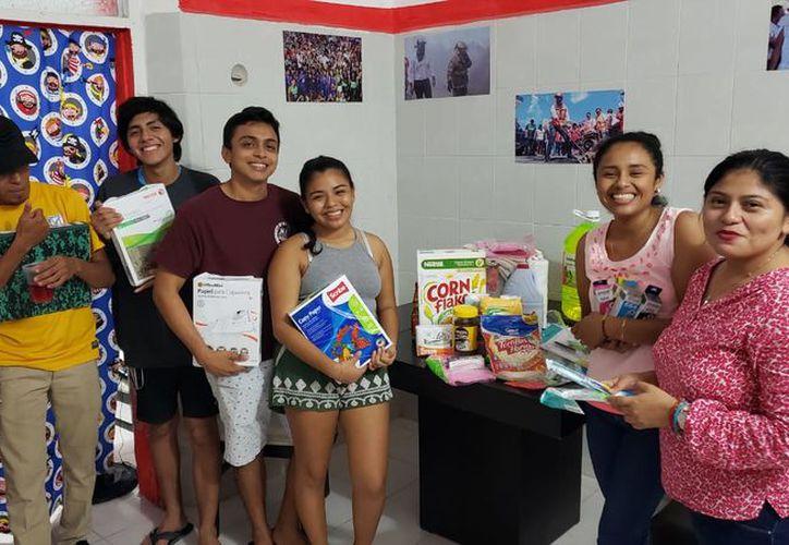Isla Mujeres apoya a isleños que estudian en Valladolid - Sipse.com