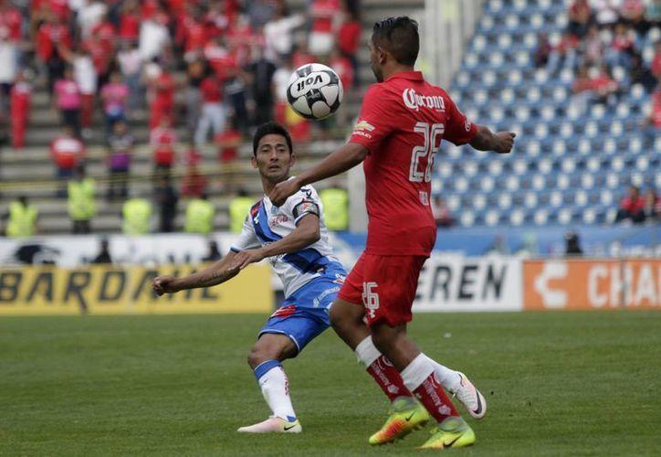 El Toluca tuvo una tarde redonda en su visita a Puebla y se llevó los tres puntos. (Notimex)