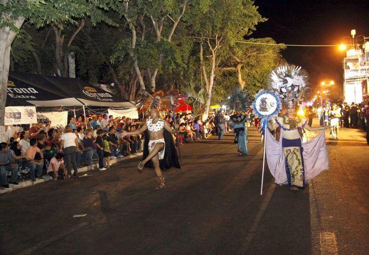 El Carnaval sólo trajo algunas complicaciones y hechos aislados menores, según Renán Barrera. (SIPSE)