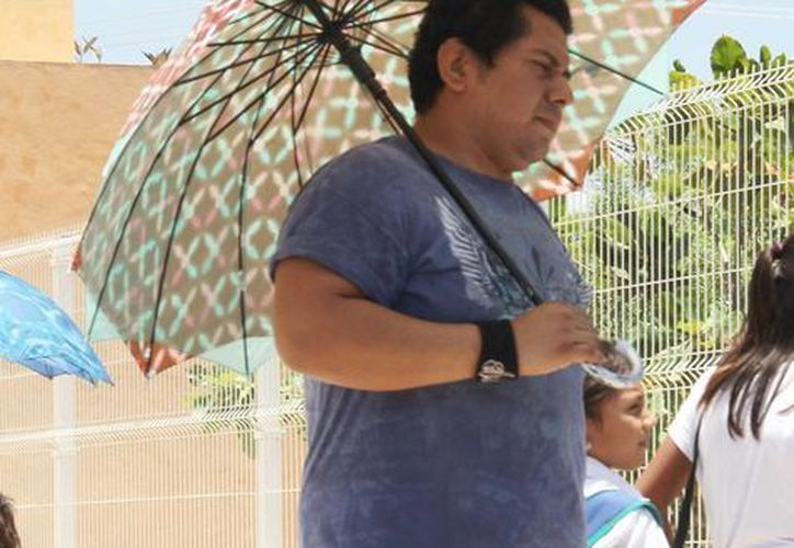 La Conagua pronostica que este fin de semana predominará el cielo nublado, pero con mucho calor y algunas lluvias. (SIPSE)