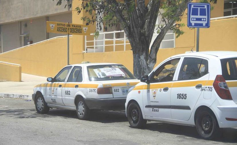 Los taxistas serán capacitados para ayuden a promocionar destinos del sur del Estado. (Harold Alcocer/SIPSE)