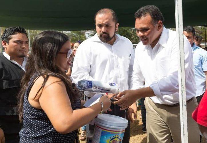 El gobernador Rolando Zapata estará este jueves en Muna y en Mérida. (SIPSE)