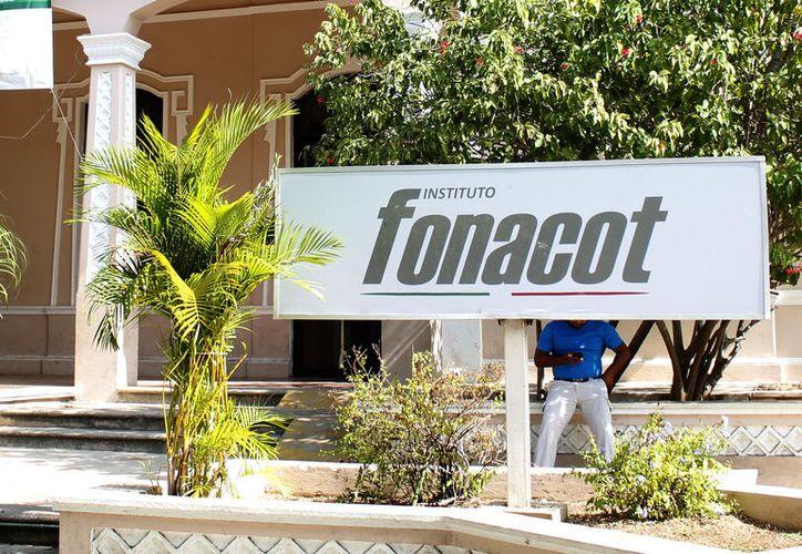 En promedio se han afiliado entre 70 y 80 empresas al Fonacot. (Foto: Milenio Novedades)