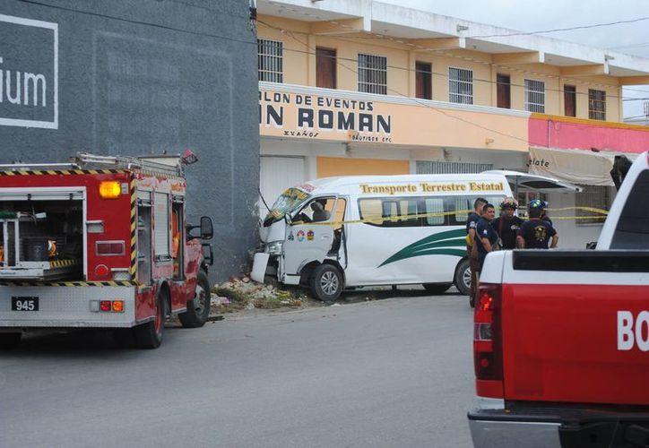 El accidente se registró en la avenida Rancho Viejo. (Redacción/SIPSE)