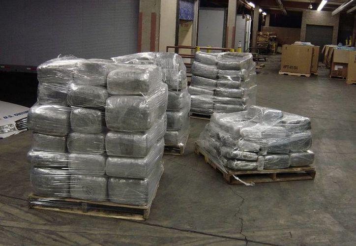 En lo que va de año, el Gobierno ha incautado unas 250 toneladas de la hierba en distintas operaciones. (Archivo/EFE)