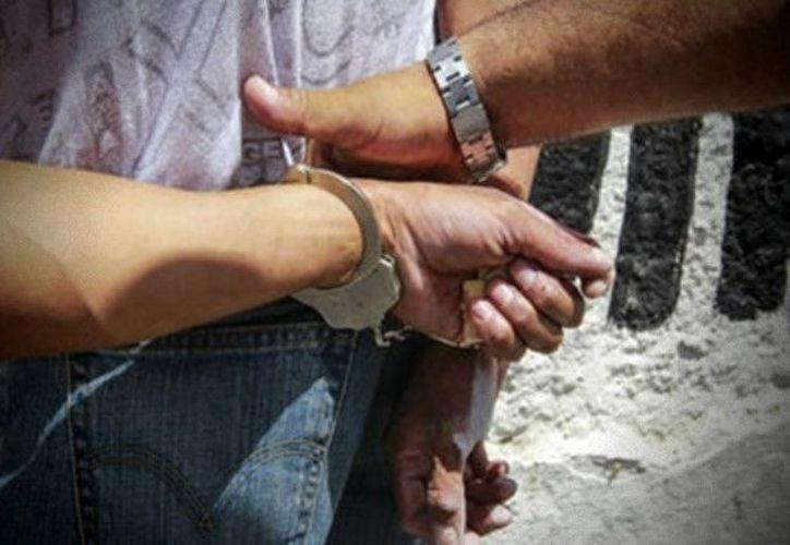 El hombre presuntamente estaba drogado. (Policíaca.com)