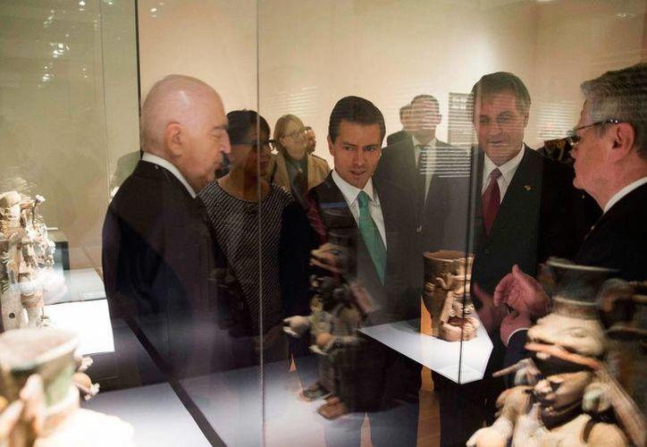 La exposición maya cuenta con 300 piezas, algunas con hasta dos mil años de antigüedad. (presidencia.gob.mx)