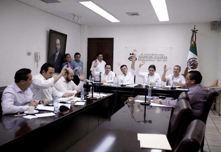 La Comisión de Puntos Constitucionales y Gobernación aprobó por unanimidad los proyectos de dictamen. (Cortesía)