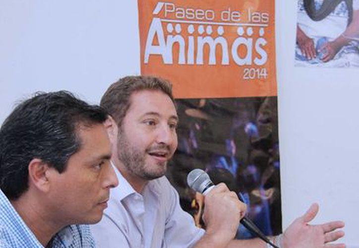 Conferencia de prensa para informar del concurso FotoÁnima, sobre el Paseo de las Ánimas. (SIPSE)