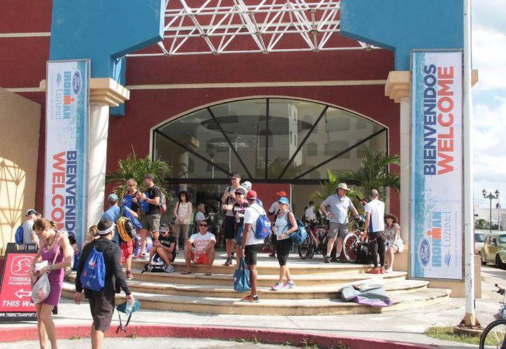 En la categoría élite se habían registrado 96 atletas que competirán el próximo domingo en Cozumel. (Gustavo Villegas/SIPSE)
