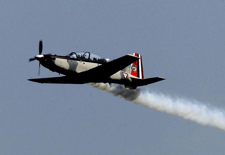 El espectáculo aéreo en la base de Santa Lucía finalizó sin más incidentes. (Notimex)
