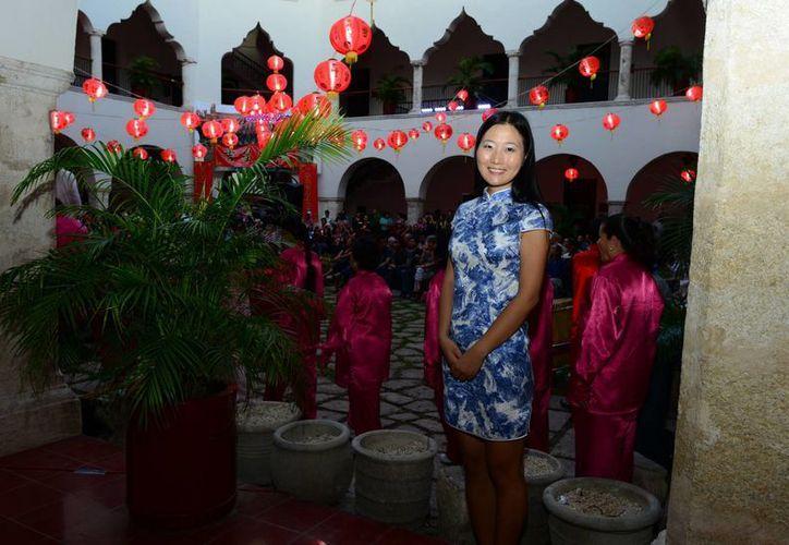 El evento se llevó a cabo en el edifico central de la Uady. (Milenio Novedades)