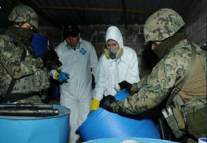 Imagen del desmantelamiento de un laboratorio clandestino en Otumba, Estado de México. El lugar fue ubicado por la armada este sábado gracias a una denuncia anónima. (Twitter: SEMAR_mx)