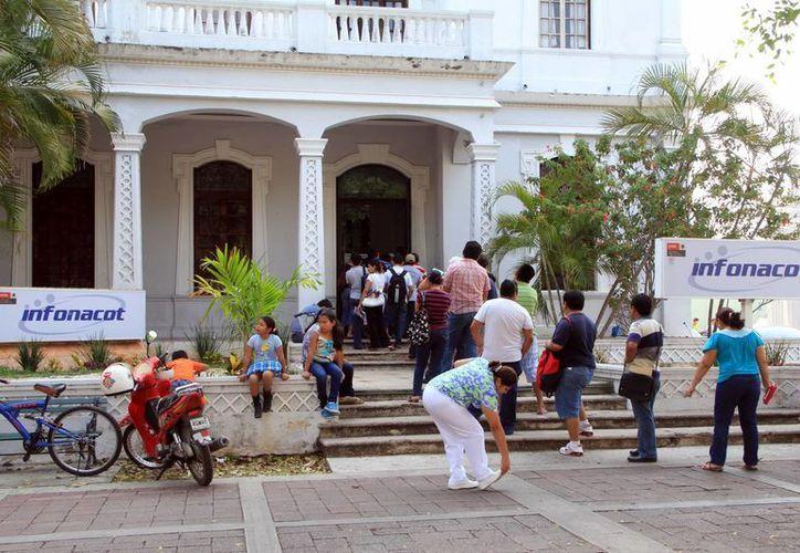 La actividad en el Infonacot aumentó en 20 por ciento ante la cercanía de las vacaciones de Semana Santa. (Milenio Novedades)