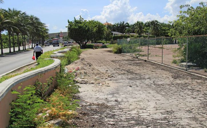Se construirá en un terreno ubicado entre la laguna Bojórquez y la avenida Kukulcán. (Jesús Tijerina/SIPSE)