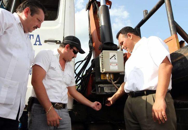 El Gobernador y el Alcalde de Valladolid encabezaron el inicio de las obras. (Milenio Novedades)