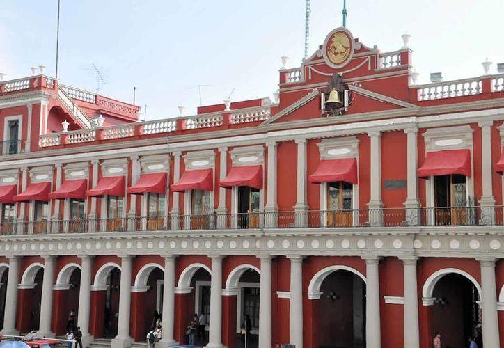 El Estado de Veracruz (en la imagen, el Palacio de Gobierno), es uno de los estados cuya deuda se incrementó debido a la baja en la recaudación de impuestos. (Archivo/Notimex)